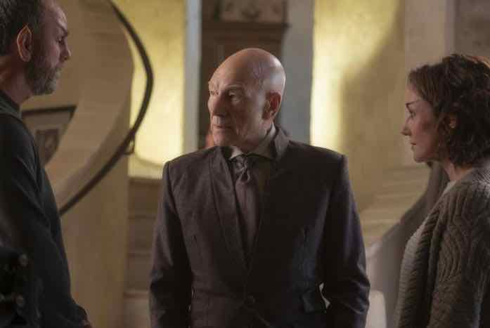 Zhaban (Jamie McShane) and Laris (Orla Brady) help Jean-Luc prepare for his interview. Courtesy of CBS All Access
