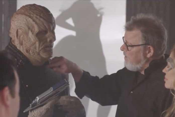 Dominic Burgess (as Vup) with director Jonathan Frakes. Courtesy of CBS