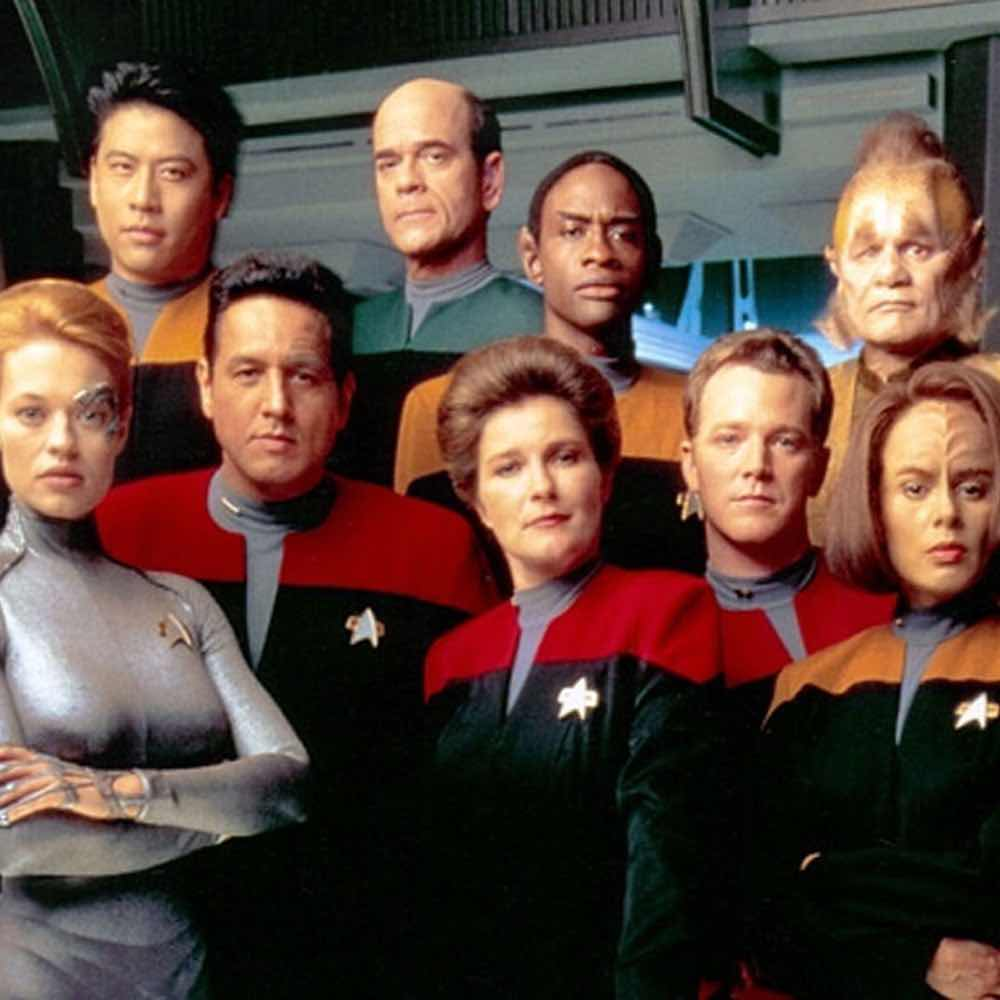 Voyager crew on Stars In The House