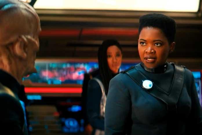 Saru reacts to Captain Ndoye, who represents Earth. Courtesy of CBS