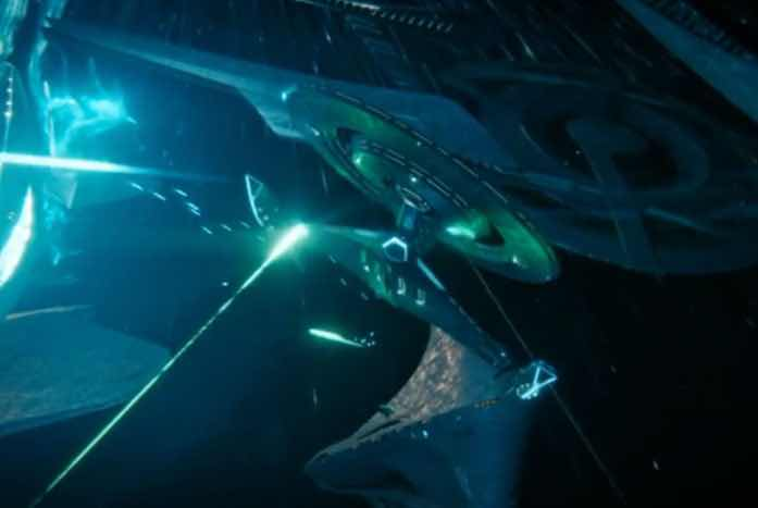 The ship battles inside the bubble were fantastic. Wish we got to see more! Courtesy of CBS
