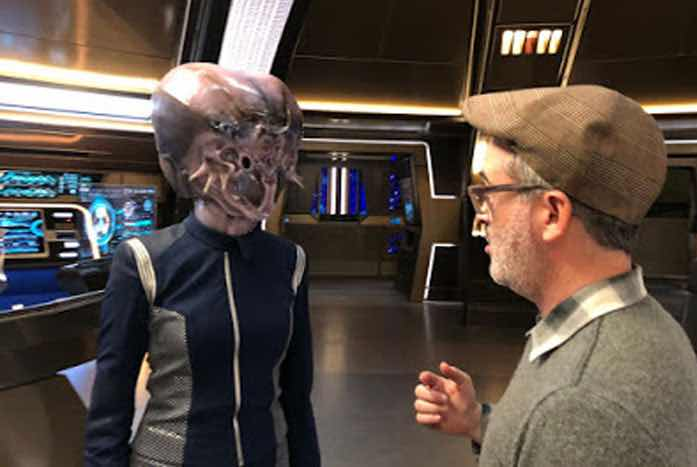 Blackwell working with Trek boss Alex Kurtzman on set of Discovery. Courtesy of Avaah Blackwell