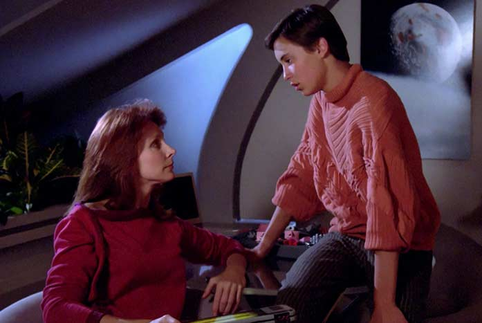 McFadden with Wil Wheaton as Dr. and Wesley Crusher. Courtesy of CBS